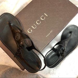 934202f46c6 Women s Gucci Rubber Sandals on Poshmark